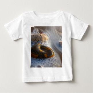 美しい小石 ベビーTシャツ