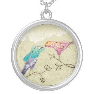 美しい愛鳥のカップル シルバープレートネックレス