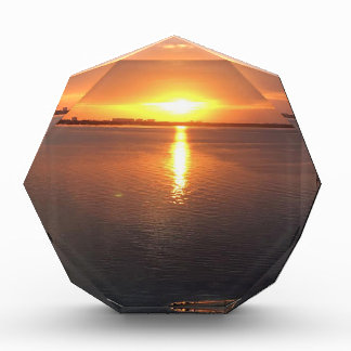 美しい日没 表彰盾