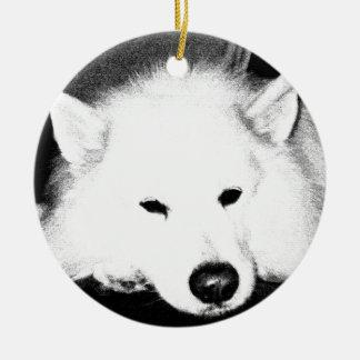 美しい毛皮で覆われたSamoyedの白犬 セラミックオーナメント