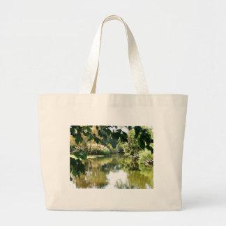 美しい水場面 ラージトートバッグ