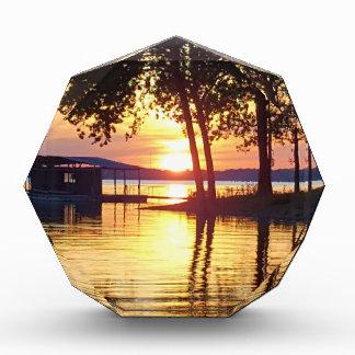 美しい湖の日没水反射の写真撮影 表彰盾