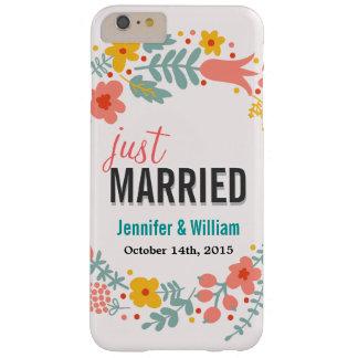 美しい花のたった今結婚しましたの結婚式のお祝い iPhone 6 PLUS ベアリーゼアケース