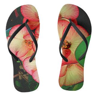 美しい花のプリントとのビーチサンダル ビーチサンダル