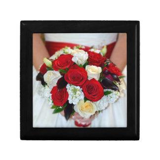 美しい花嫁の花束のプリントのギフト用の箱 ギフトボックス