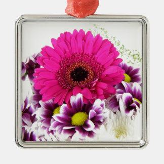 美しい花花束のかわいらしい花のギフト メタルオーナメント
