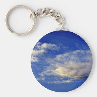 美しい青空の非常に構成された雲 キーホルダー