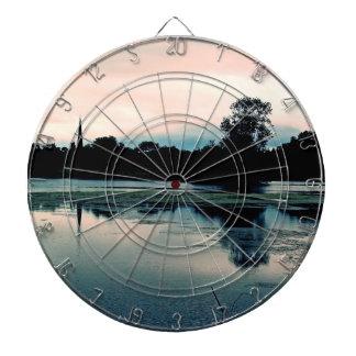 美しいHillsborough湖の反射 ダーツボード
