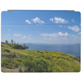 美しいyellowstone湖 iPadスマートカバー