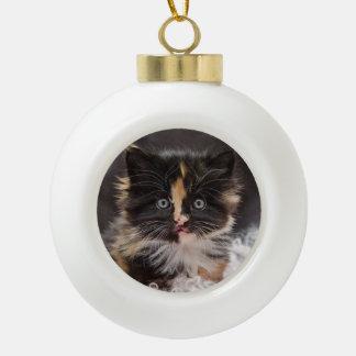 美しくかわいくおもしろいで柔らかい子猫猫のオーナメントの球 セラミックボールオーナメント
