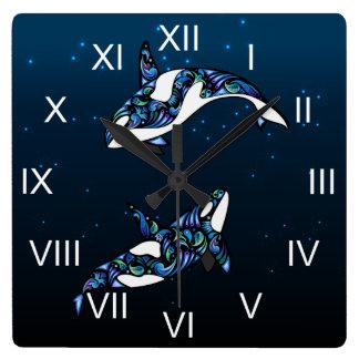 美しくカラフルなシャチのクジラ スクエア壁時計