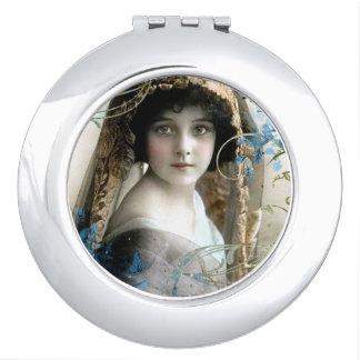 美しくビクトリアンな女の子のヴィンテージの絵