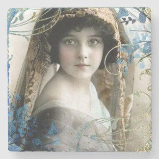 美しくビクトリアンな女の子のヴィンテージの絵 ストーンコースター