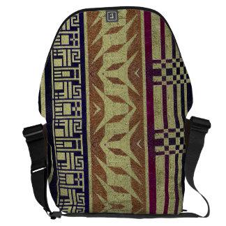 美しく幾何学的な種族のライフスタイルのラップトップのバッグ クーリエバッグ