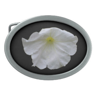 美しく白いペチュニアのベルトの留め金 卵形バックル
