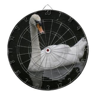 美しく白い白鳥の投げ矢板 ダーツボード