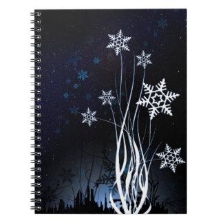 美しく白い雪の花 ノートブック