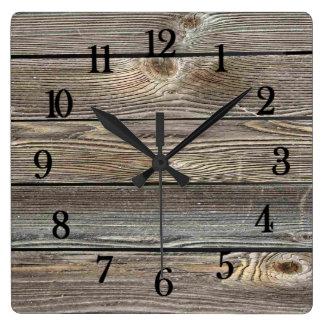 美しく確実な見る木製の横のプリント スクエア壁時計