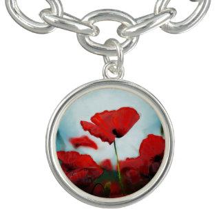 美しく赤いケシの花のチャームブレスレット チャームブレス