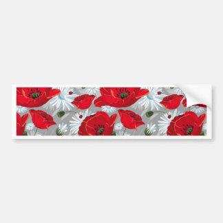 美しく赤いケシ、白いデイジーおよびてんとう虫 バンパーステッカー