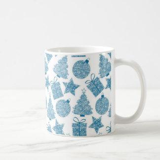美しく青およびホワイトクリスマス コーヒーマグカップ