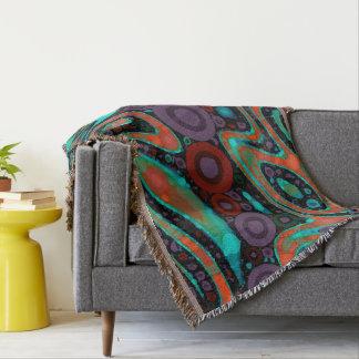 美しく鮮やかで渦巻形ので抽象的なパターン スローブランケット