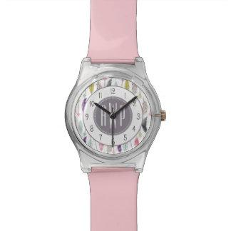 羽および矢のモノグラム 腕時計