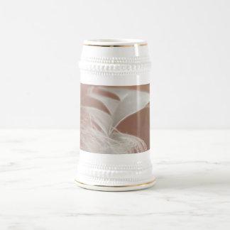 羽の芸術 ビールジョッキ