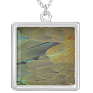 羽の表面 シルバープレートネックレス