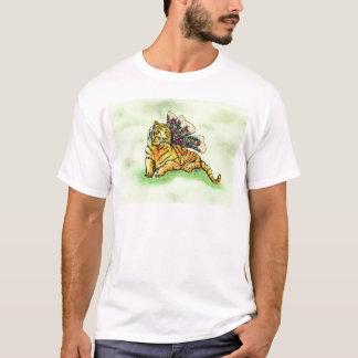 翼を持つトラ Tシャツ