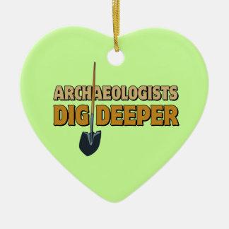 考古学者の発掘 セラミックオーナメント