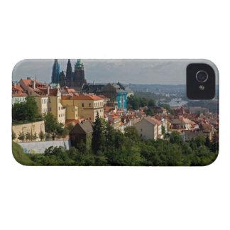 聖者のVitusのカテドラル、チェコ語プラハの眺め Case-Mate iPhone 4 ケース
