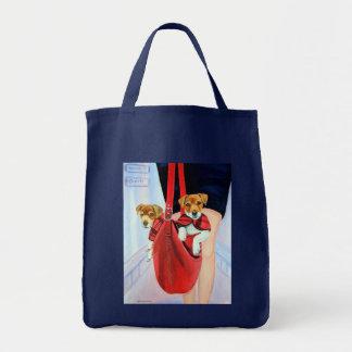 聖職者のジャックラッセルテリアのTシャツ トートバッグ