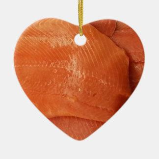 肉付けされたサケ 陶器製ハート型オーナメント