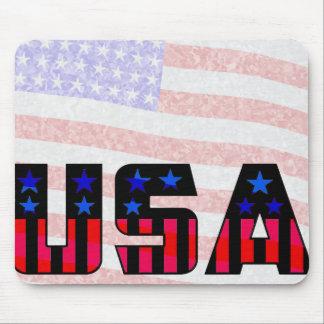 背景で曖昧な旗が付いている米国 マウスパッド
