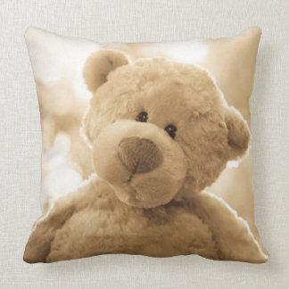背部のかわいいテディー・ベアの枕|詩歌 クッション