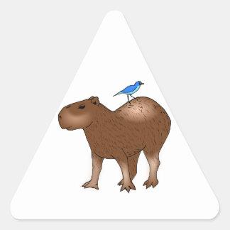 背部の青い鳥を持つ漫画のカピバラ 三角形シール