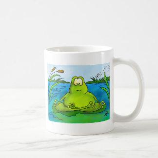 脂肪質のめい想のカエル コーヒーマグカップ