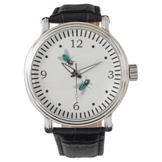 腕時計のギャグで付くはえ 腕時計