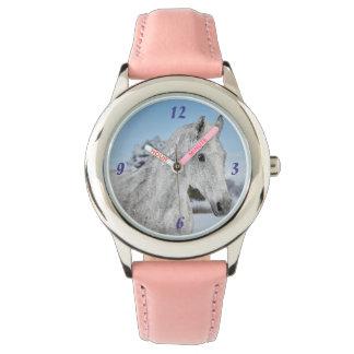 腕時計の顔の白馬 腕時計