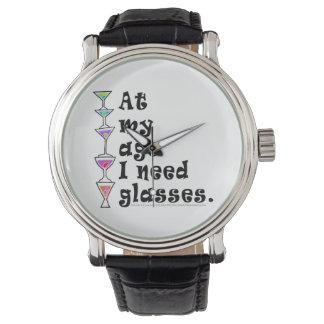 腕時計私は-私の年齢で…ガラスを必要とします 腕時計