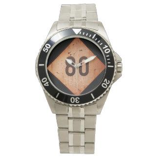 腕時計: ヴィンテージの鉄道80速度の列車の印 腕時計