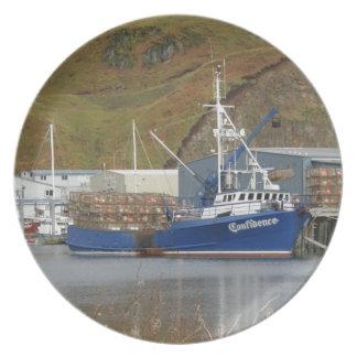 自信、オランダ港のカニの漁船 プレート