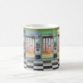 自動販売機のヴィンテージのダイナー マジックマグカップ