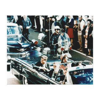 自動車パレードダラスのJohn F Kennedyそしてジャッキー キャンバスプリント