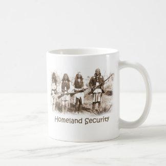 自国の保安アパッシュ コーヒーマグカップ