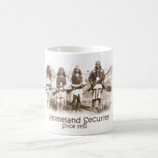 自国の保安 コーヒーマグカップ