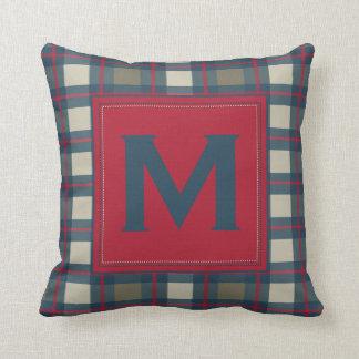 自然で青いカーキ色の赤いモノグラムの格子縞の枕 クッション