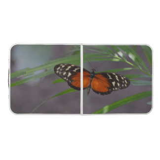 自然な蝶 ビアポンテーブル
