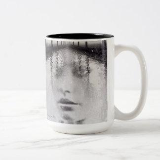 自然の融合のポートレートMag ツートーンマグカップ